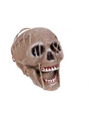 Caveira pendurada com luz led 21x15cm. Acessórios para disfarces de Carnaval ou Halloween